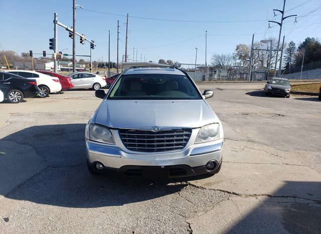 2004 Chrysler Pacifica with 3rd row seating full