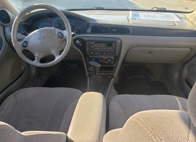 2004 Chevrolet Classic – 4 door sedan full