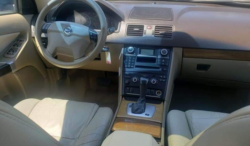 2008 Volvo XC90 – AWD with Video System full